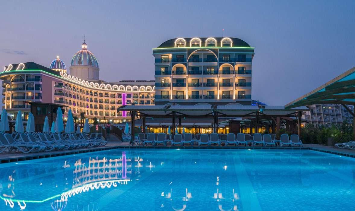iluminacion-exterior-hoteles